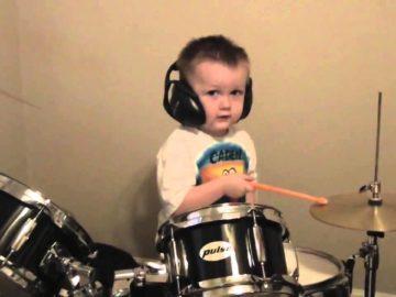 dziecko-perkusja